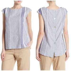 Max Studio Button Back Linen Blend top Medium